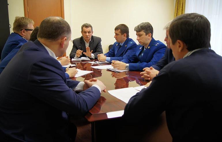 Уполномоченный обсудил с Северо-Западным транспортным прокурором вопросы защиты прав предпринимателей