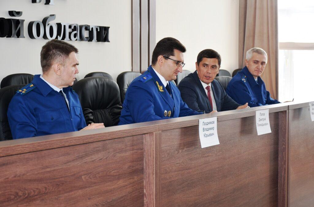 Бизнес-омбудсмен и прокурор встретились с ярославскими предпринимателями