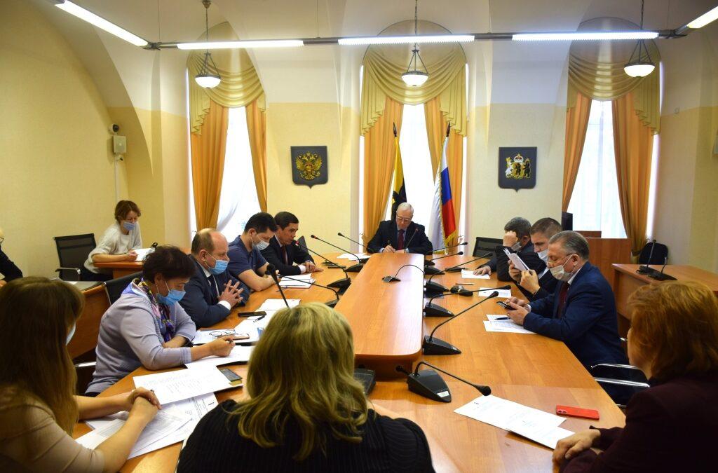 Альфир Бакиров: «Просьбу о снижении налогов предпринимателям на УСН, торгующим маркированными товарами, нужно поддержать»